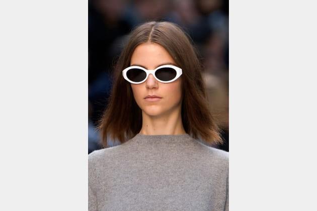 Les lunettes blanches de Burberry