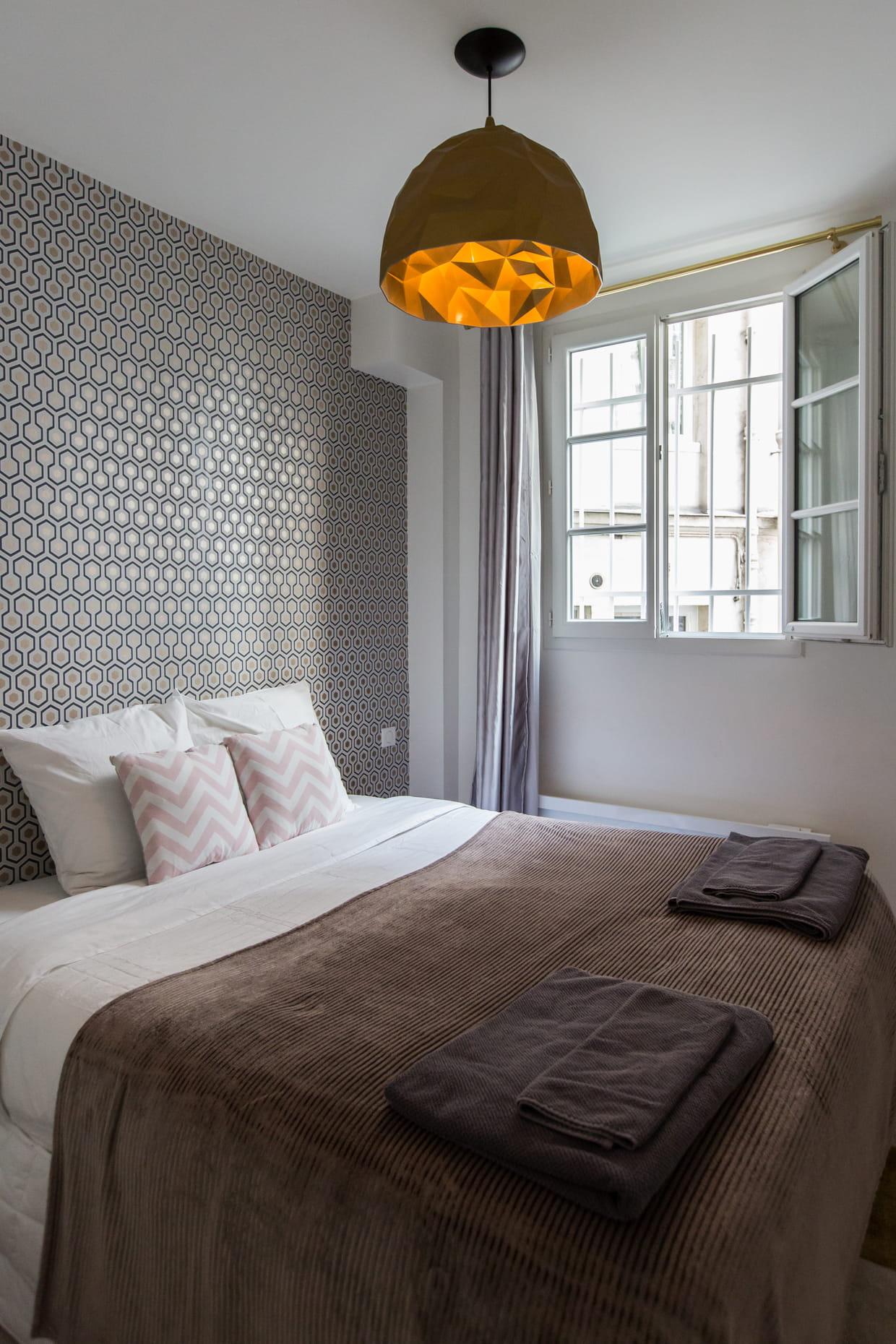 Les plus belles chambres couleur taupe à copier