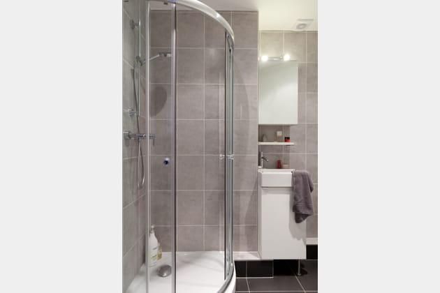 Une salle d'eau complexe mais optimisée