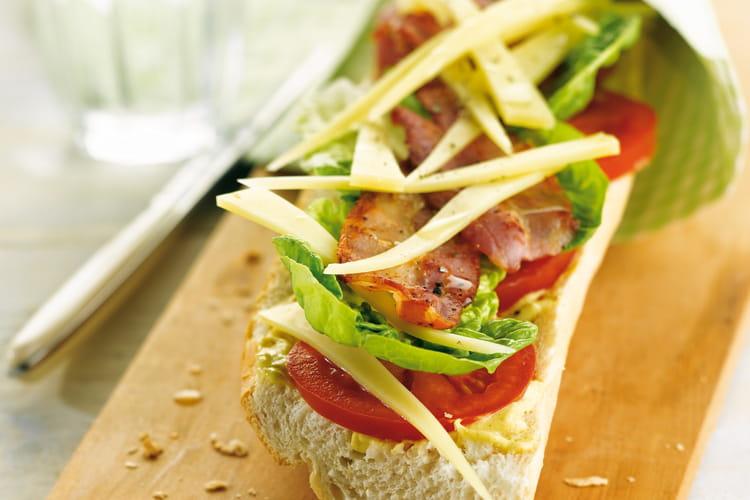 Tartine bacon-laitue-tomate version Comté