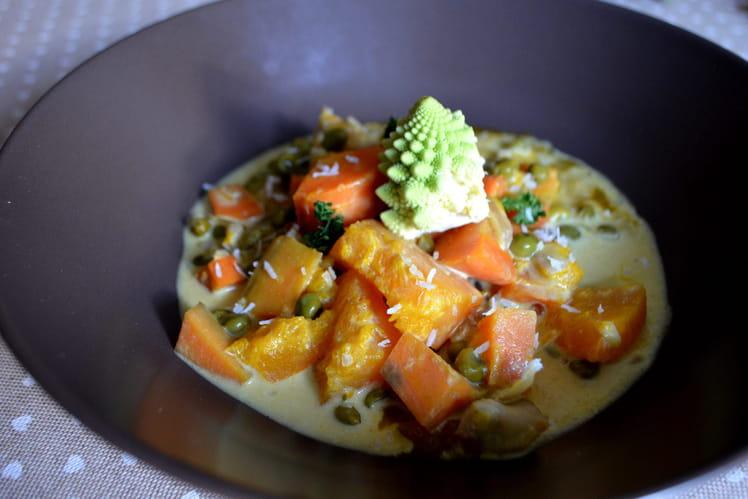 Curry de potimarron, patates douces, panais, châtaignes et chou romanesco