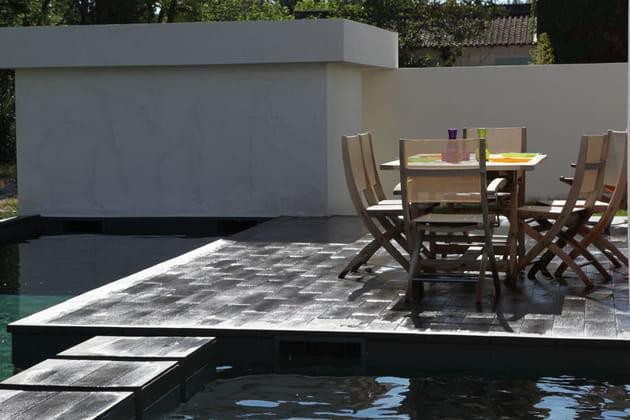 Terrasse sur l'eau