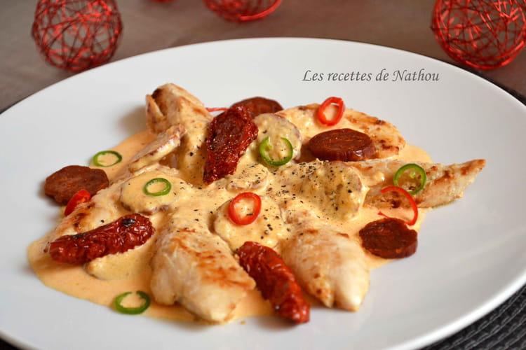 Recette aiguillettes de poulet sauce cr meuse au chorizo la recette facile - Cuisiner aiguillette de poulet ...