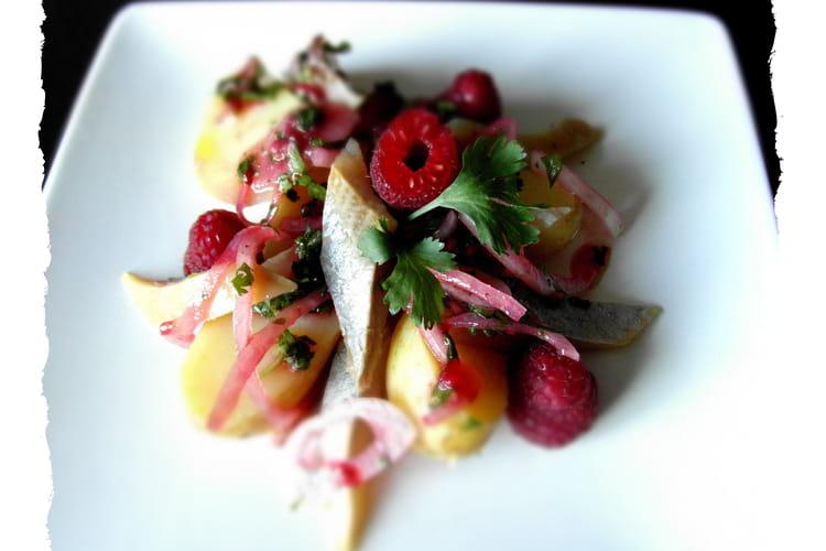 Salade de hareng, pomme de terre, vinaigrette coriandre framboise
