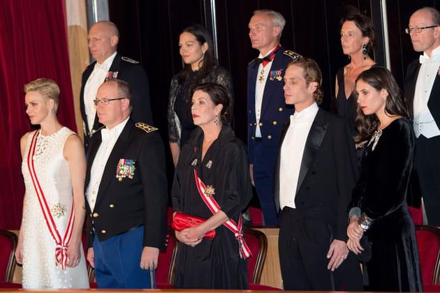 La famille princière assiste au concert de gala