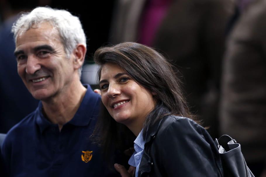 """Estelle Denis et Raymond Domenech: vie de couple et mariage de 2""""ermites"""""""