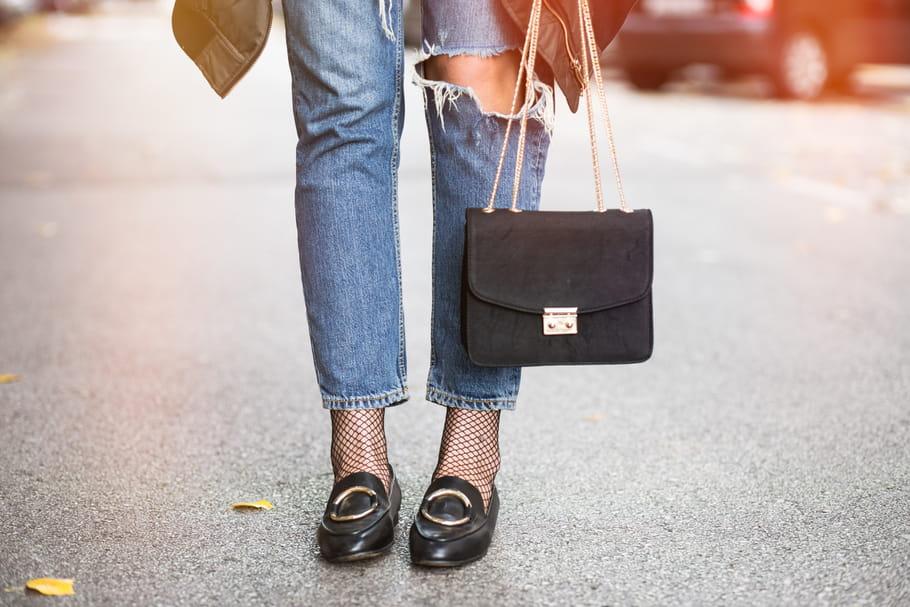 Comment porter le jean troué?