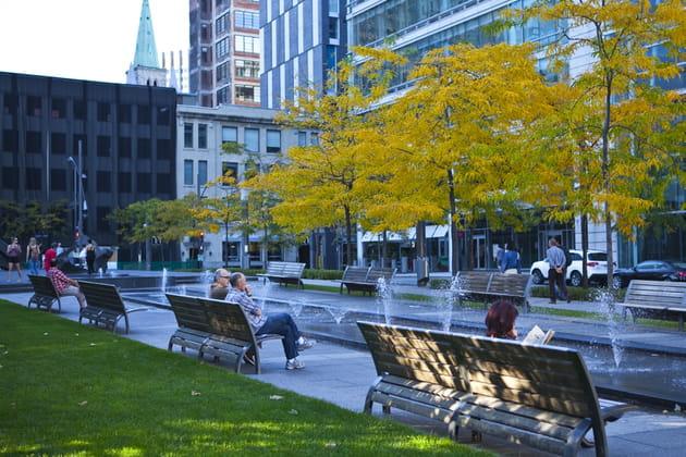 Square Victoria
