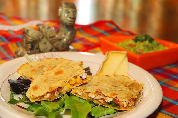 Quesadillas au poulet, maïs, Tomme de Savoie IGP et guacamole