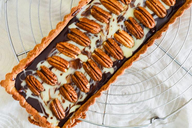 Tarte marbrée chocolat caramel et noix de pécan