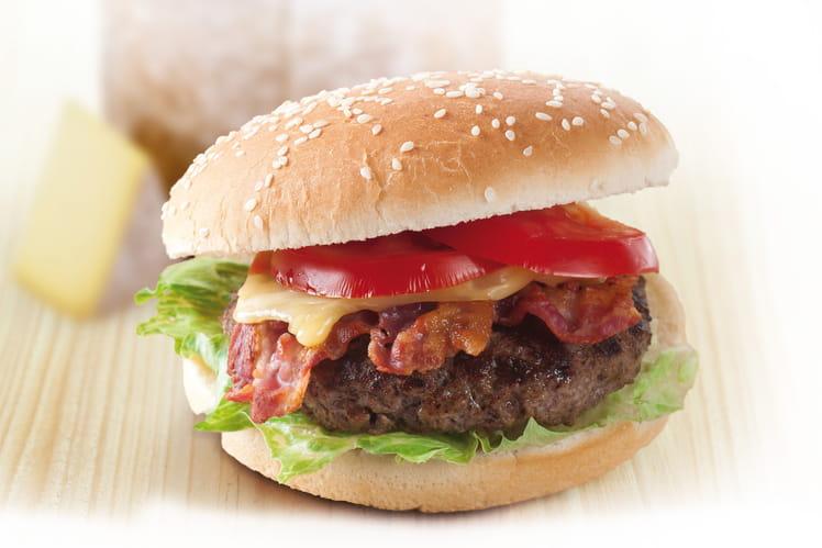 Burger Laguiole AOP et bacon