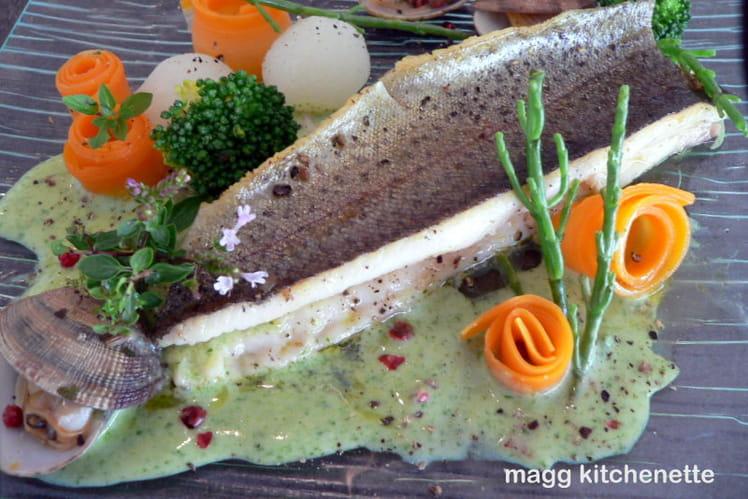 Truite et légumes de saison, crème au brocolis et roquette