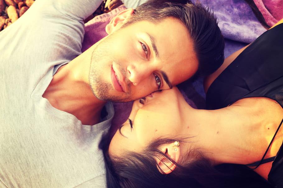 Rencontrer l'amour en été : mythe ou réalité ?