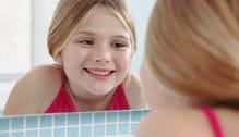 votre enfant grandit, sa brosse à dents doit suivre son évolution.
