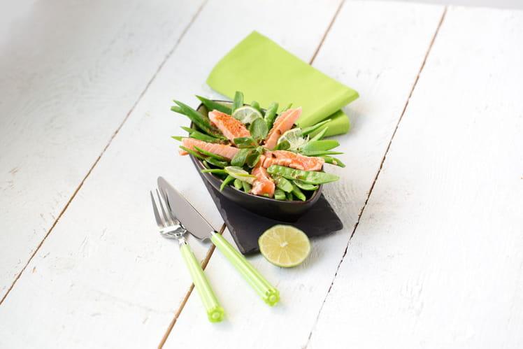 Salade de pois gourmands à la truite, sauce thaï