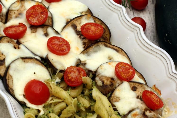 Gratin de pâtes au pesto et légumes d'été