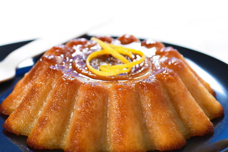 Gâteau à l'ananas et kirsch