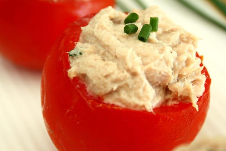 Tomates cocktail farcies à la mousse de thon