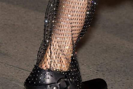 Wanda Nylon (Close Up) - photo 33