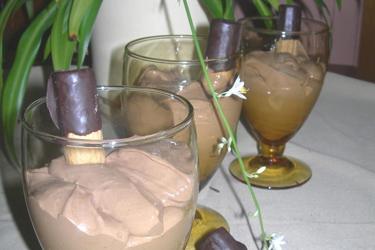 Mousse au café parfumée au chocolat