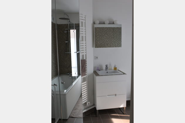 Salle de bains sur mesure for Colonne salle de bain sur mesure