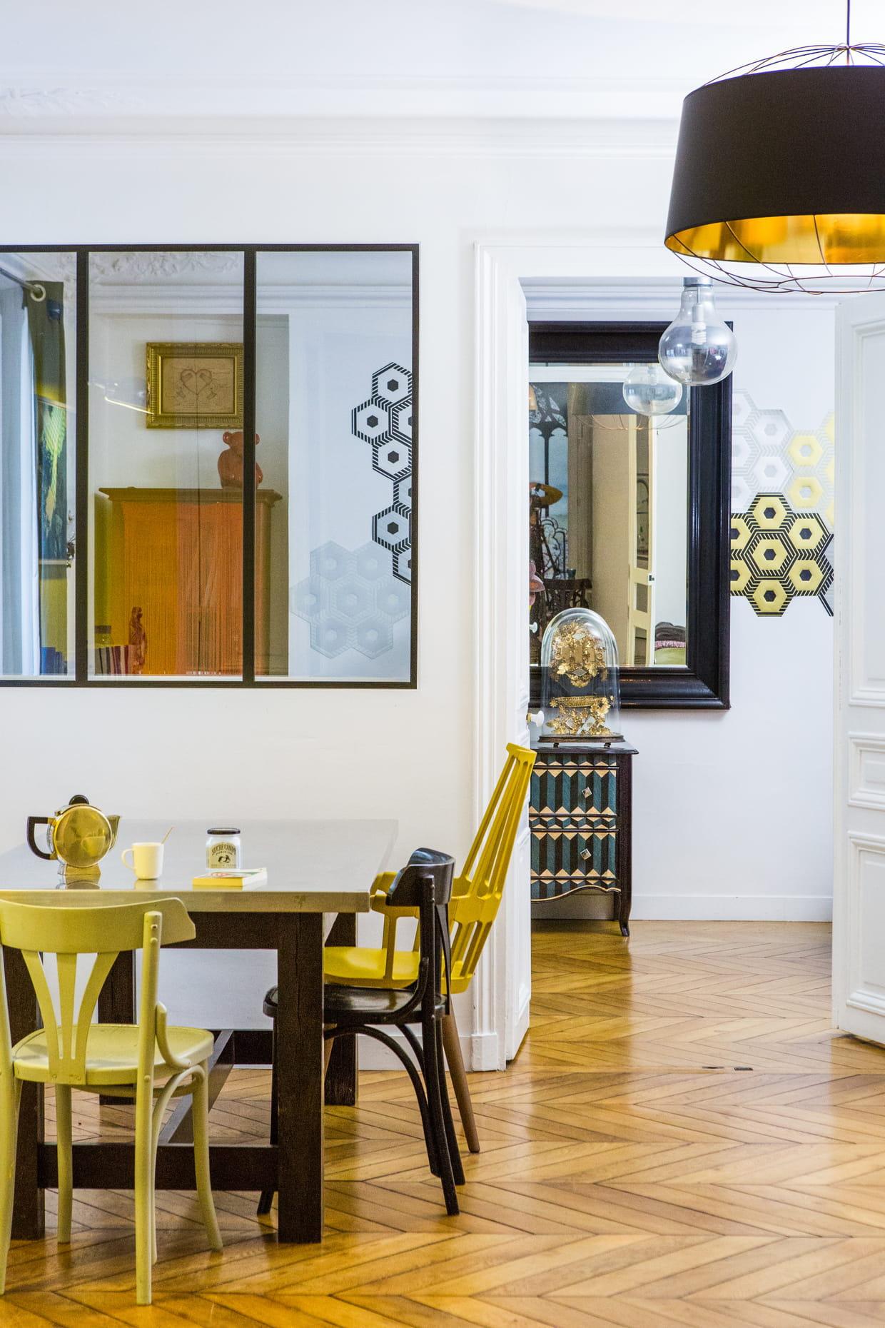 fen tre int gr e. Black Bedroom Furniture Sets. Home Design Ideas