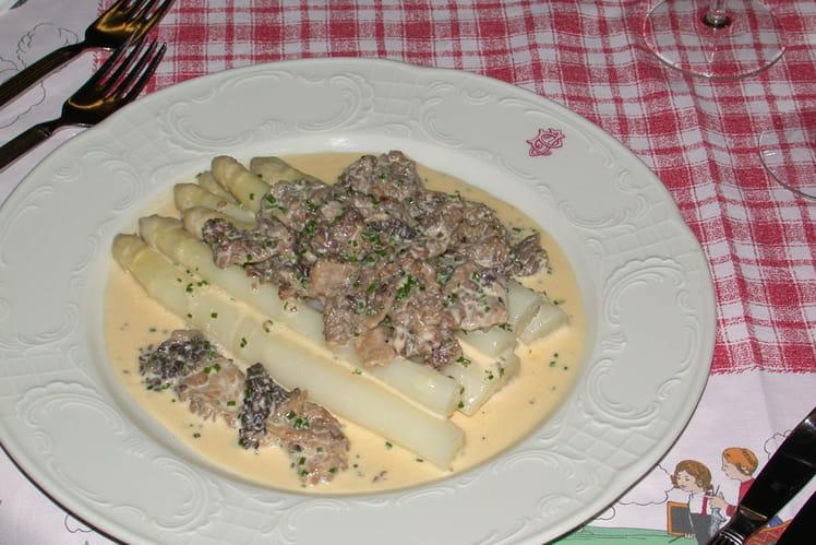 Recette asperges aux morilles la recette - Cuisiner des asperges fraiches ...
