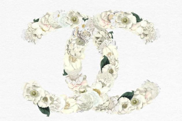 Le camélia dans tous ses états aux défilés Chanel
