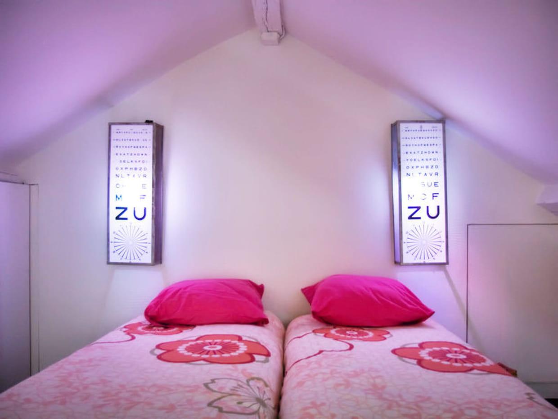 des lampes de chevets originales. Black Bedroom Furniture Sets. Home Design Ideas