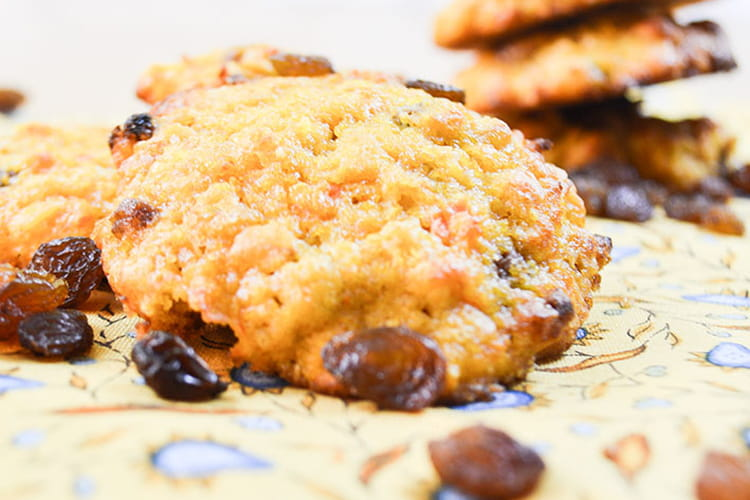 Cookies carottes, flocons d'avoine et raisins secs