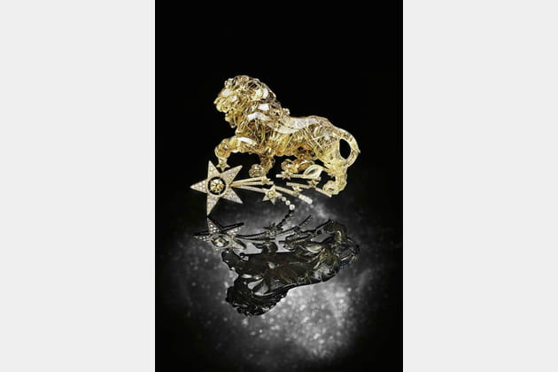 "La broche ""Constellation du Lion"""