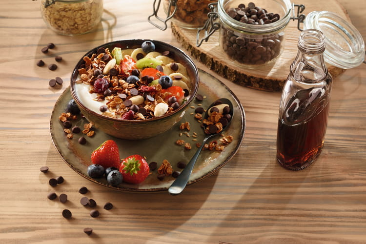 Granola aux fruits et pépites de chocolat noir