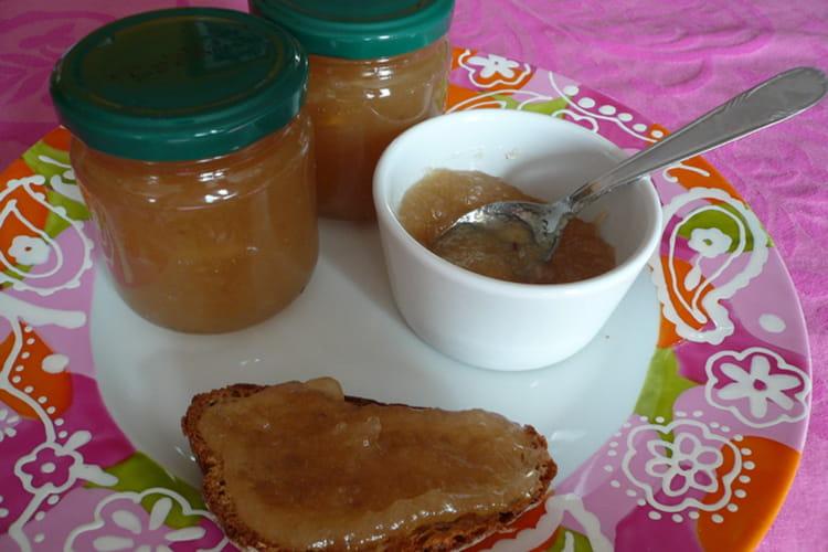 Confiture de pommes-gingembre