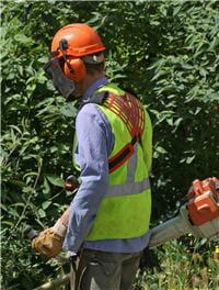 le travail dans le bruit nécessite des aménagements et des protections contre le