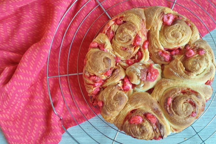 Brioche aux pralines roses
