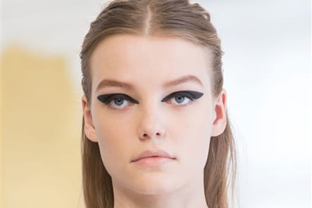 Christian Dior (Close Up) - photo 8