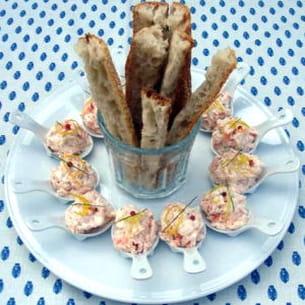 petites cuillères de rillettes aux deux saumons
