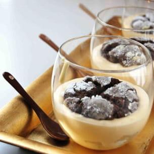 verrine de poire, fruit tropical et cookie
