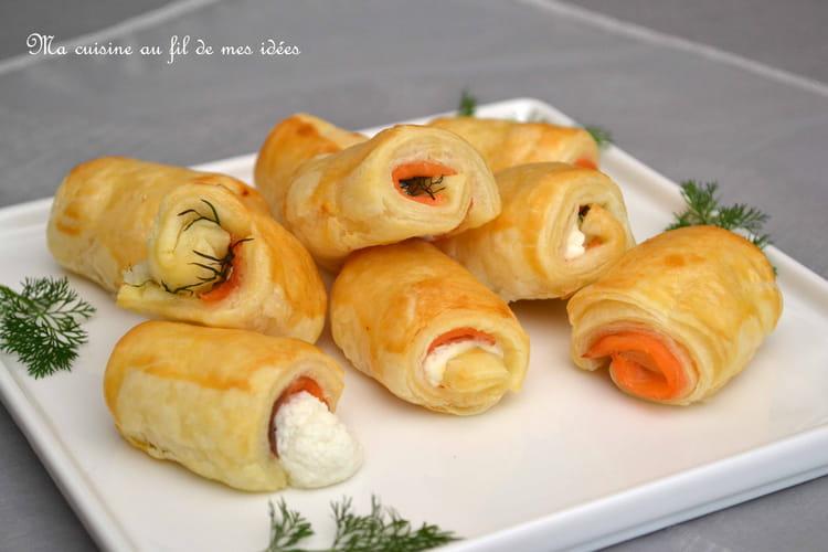 Feuilletés apéritifs au saumon fumé, fromage de chèvre et aneth
