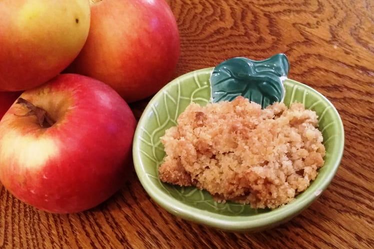 Crumble de pommes parfumé à la cannelle