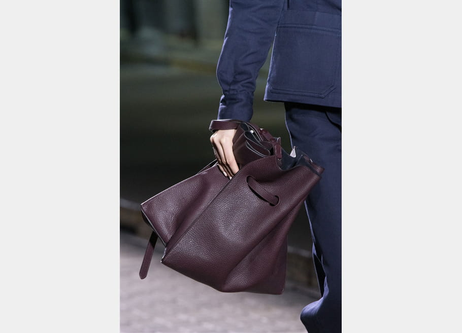 Mulberry (Close Up) - photo 3
