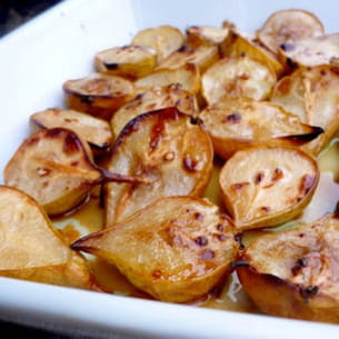 poires rôties à la cannelle et à l'huile d'olive