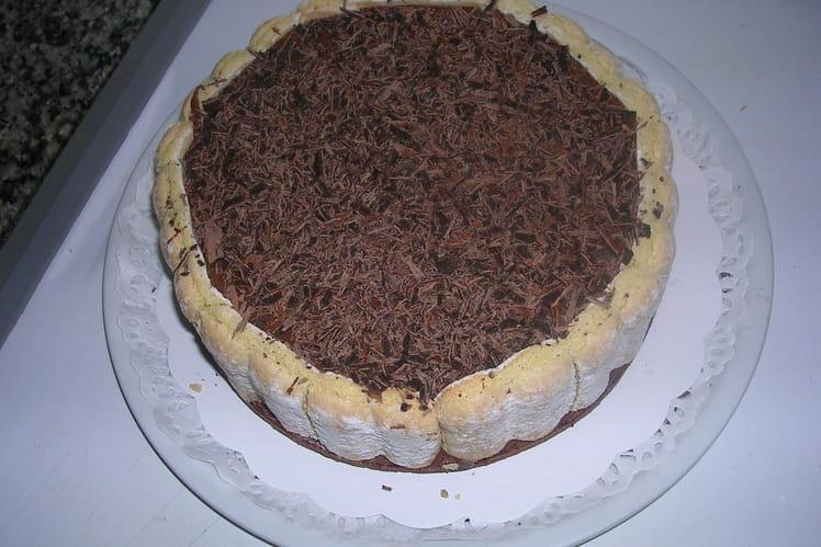 Recette de charlotte au chocolat simplissime la recette facile - Charlotte au chocolat facile ...