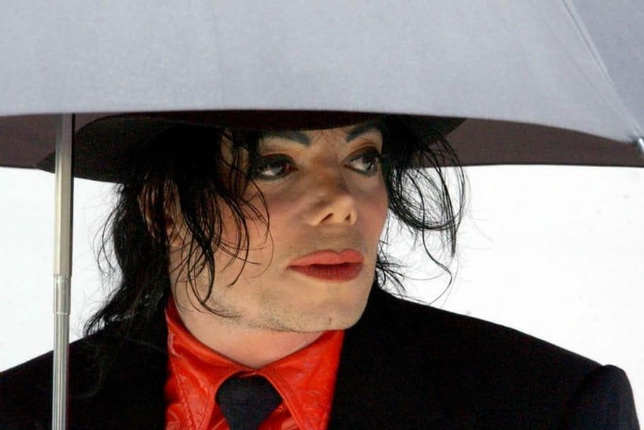Michael Jackson : des images pédopornographiques retrouvées chez lui