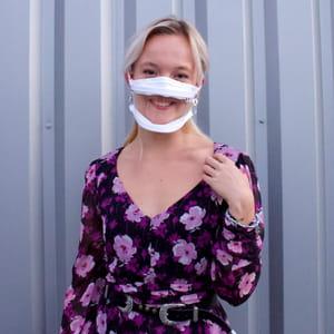 Masque transparent, masque inclusif
