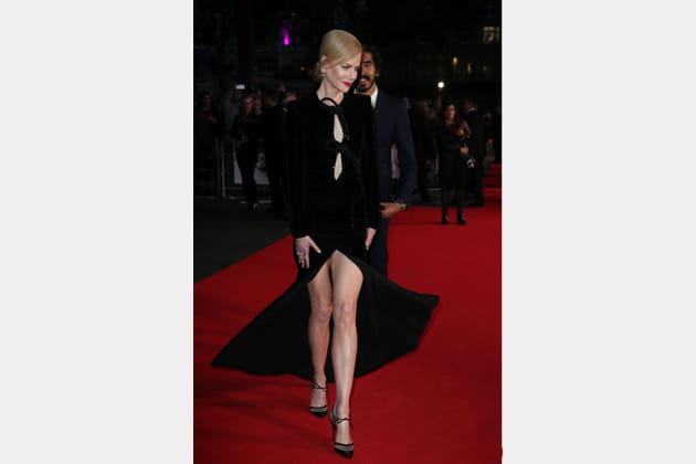 Nicole Kidman marche sur les plates-bandes de Sharon Stone