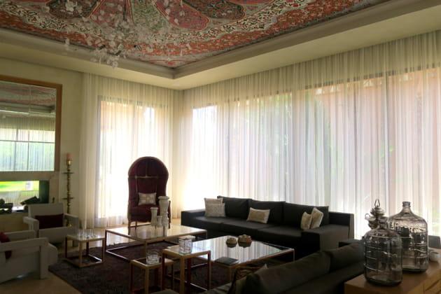 Une pièce à vivre à la déco modulable dans la villa présidentielle