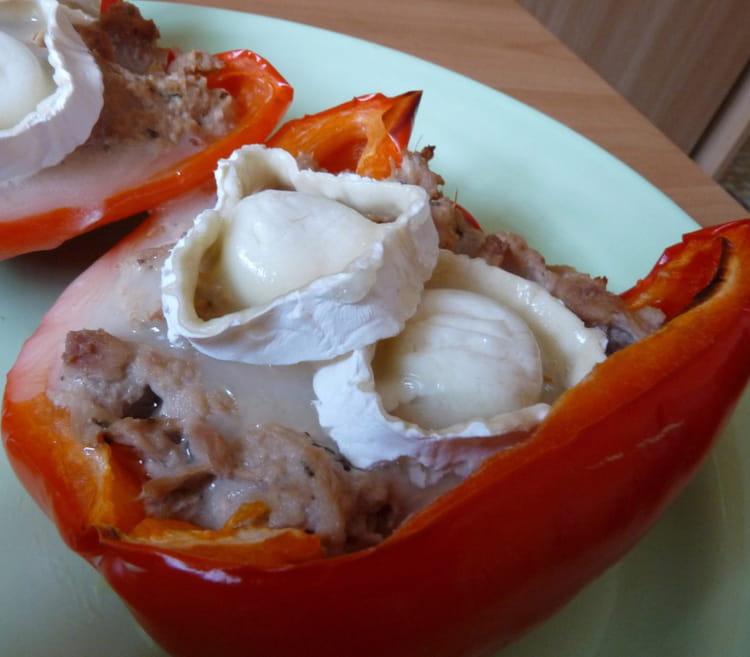 Recette de poivron farci au thon et au ch vre la recette - Cuisiner les poivrons ...