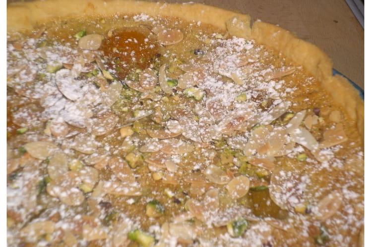 Tarte amandine abricots-pistaches