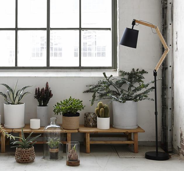 Le lampadaire industriel bi-matière
